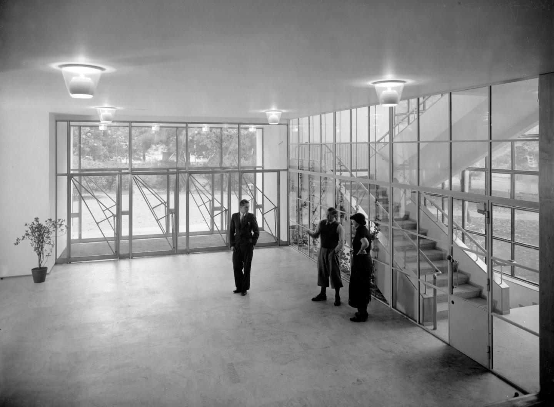 Alvar-Aalto-Entrance-hall-1935